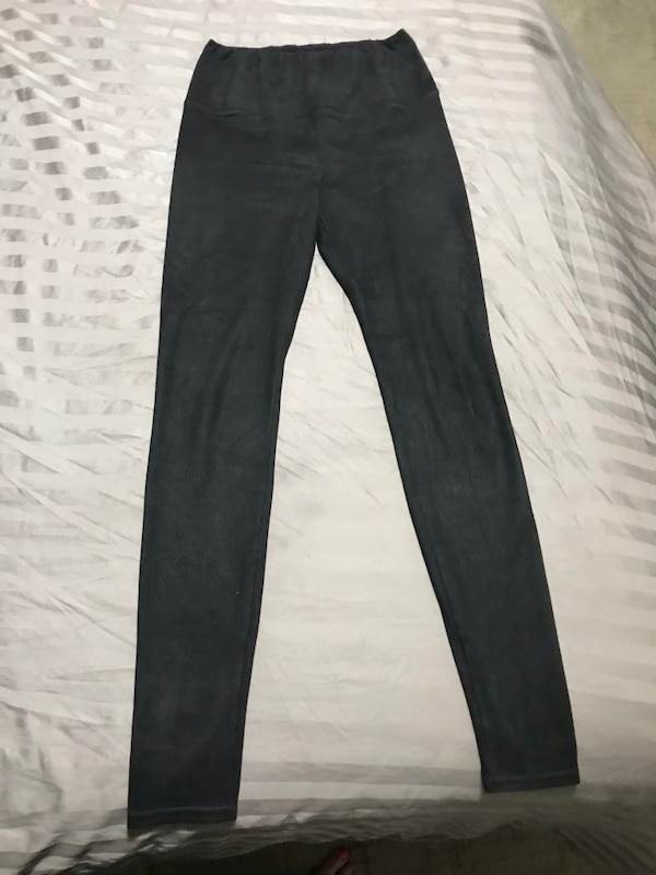 Aritzia Wilfred suede tights 37251d66-d049-45c4-927c-13224619236a