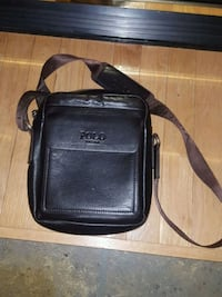black leather 2-way bag Ottawa, K4A 3W4