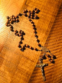 ANTIQUE (Rare) ROSARY ROSEWOOD Carved Beads