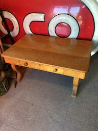 brown and red wooden table Roswell, 88203