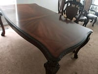 Dining table  Harford County, 21085