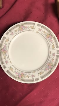 Manchester White, pink and grey floral ceramic plate set Bloomsburg, 17815