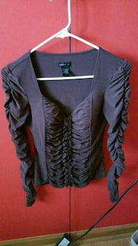 Brown blouse with zipper