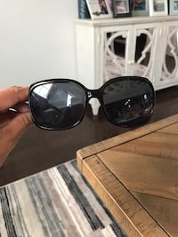 Sun glasses Excellent condition  Boyds, 20871