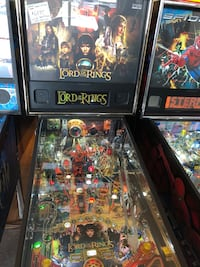 Lord of The Rings Pinball Machine Lutz, 33559
