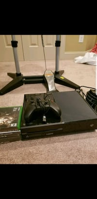 Xbox one 500GB with 7 games  Charlotte, 28208
