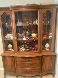 Brown wooden framed glass display cabinet Oceanside, 92056