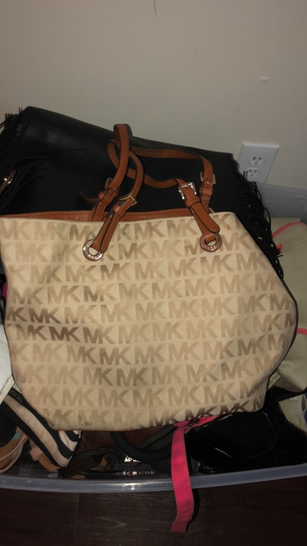 7185dac8a73d Used white and brown Michael Kors leather tote bag for sale in Douglasville  - letgo