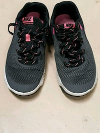 Nike running shoes Chattanooga, 37411