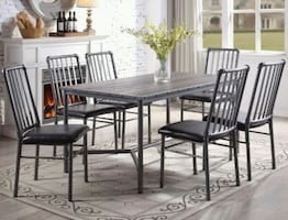 Brand new Devar Gray Rectangular Dining Set