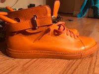 Buscemi(Orange) Washington, 20020