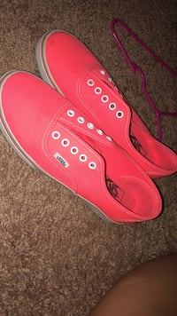 hot pink vans size 5.5 Aynor, 29511