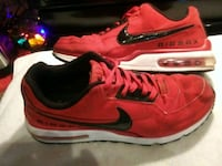 Mens Red Nike Airmax Shoes size 12  1157 mi