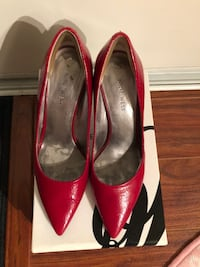 Nine West red high heel shoe Size: 6 Wed & Thur can meet at St.George and Yonge Markham