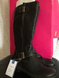 pair of black leather boots Gaithersburg, 20879