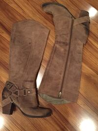 FERGIE - Suede Boots  Los Angeles, 91343