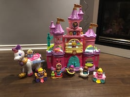 Vetch smart friends enchanted castle/ unicorn and 7 characters 120 obo