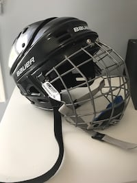 Size small hockey helmet good condition  Mississauga, L5R 1L7