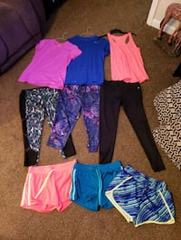 work out clothes. Womens meduim.