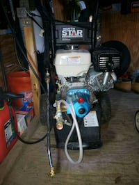 northstar gas cold water pressure washer 3300psi and 3.0 gpm Honda.