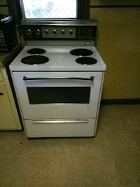 white and black electric coil range oven Memphis, 38109