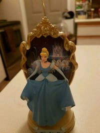 Cinderella collectable ornament  Whitby, L1N 8X2