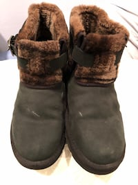 UGG short black womens leather boots sz 8