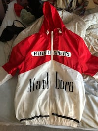 Two Marlboro windbreakers 579 km