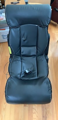 Gaming chair with built-in speakers Chesapeake, 23320