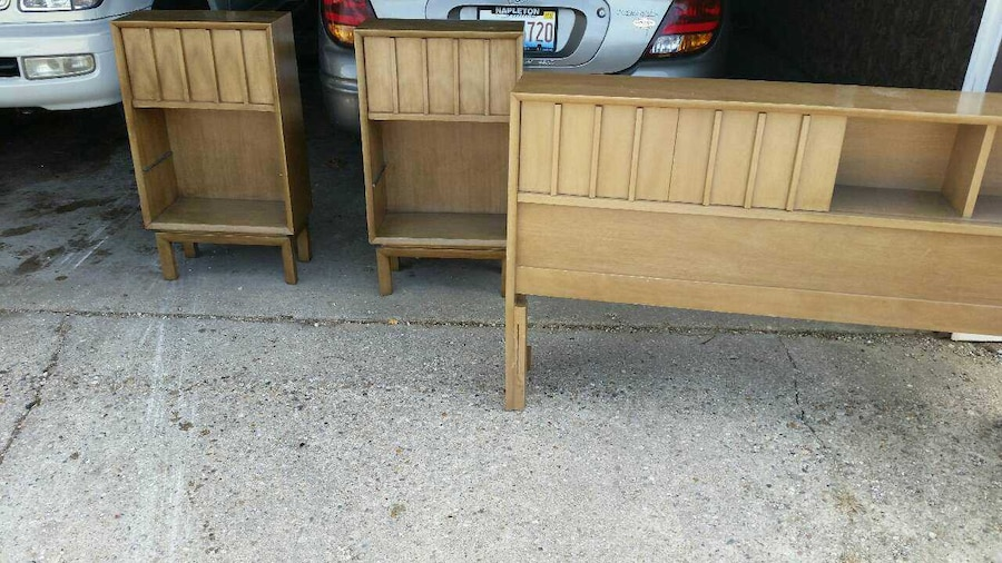 Used kids bed frame with storage in chicago for Used bed frame with storage