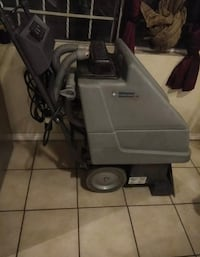 Advance carpet extractor  Tucson, 85713