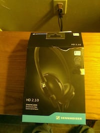 Sennheiser nd headset very amazing sound new in box used once