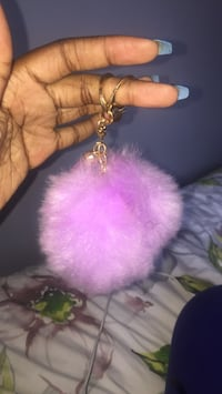 Pink and white fur keychain Vaughan, L4K 5H4