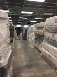 Mattress store closing over a thousand mattresses in stock everything on sale prices starting at $80 Hazelwood, 63042