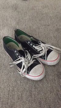 Pair of black PF flyers size 10 Buena Park, 90620