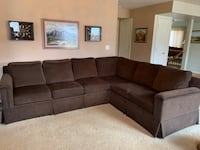 Huntington House Fine Hand Crafted Couch
