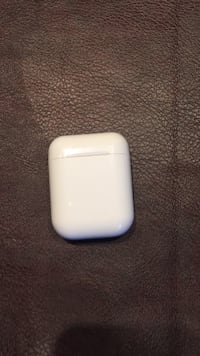 Wireless earbuds good condition Surrey, V4N 0G1