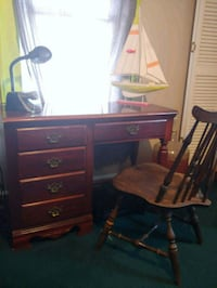 Small cherry desk with chair Saint Petersburg, 33713