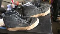 Pair of gray leather high-top sneakers 2238 mi
