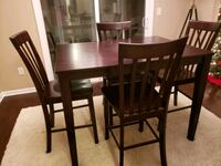 Dining Room Table w/4 chairs Dayton, 45459