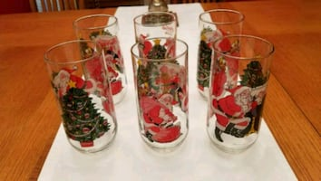 Vintage 1984 Coca Cola Santa Claus Glasses