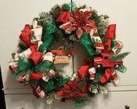 red and green Christmas wreath Maiden, 28650