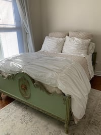 Antique Green Full/Double Size Bed Frame Chicago, 60613