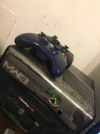 Xbox 360 S MW3 Limited Edition Chesterfield, 23832