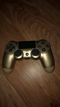 black and white Sony PS4 controller Lynnfield, 01940