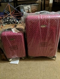 set of Juicy Couture luggage brand new