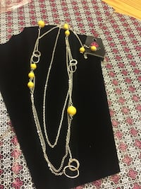 silver-colored and yellow chain necklace Glen Rock, 17327