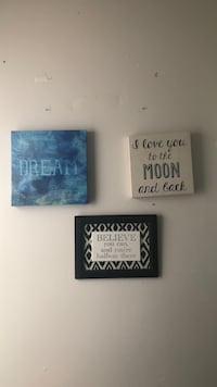 three black and white wall decors Tallahassee, 32304