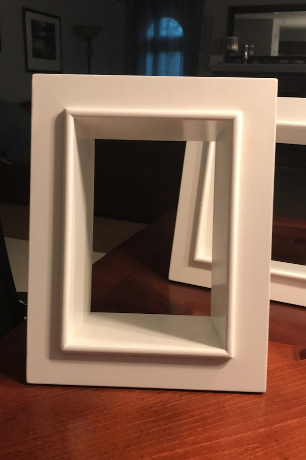 3 Picture frame shelf type shadow display boxes dd49c892-8930-4cae-abc8-21106f811c54