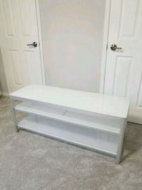 TV bench or tv stand  Mississauga, L5N 7E9